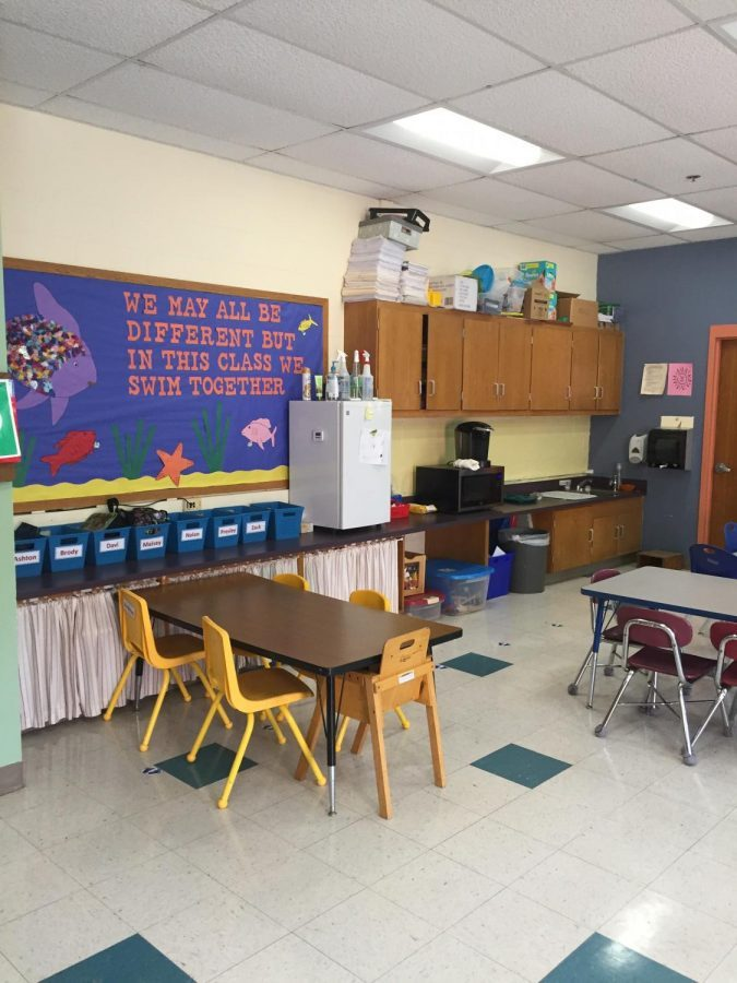 Mrs.+Julie+Nichols+works+in+teachers%27+classrooms+as+an+instructional+assistant.