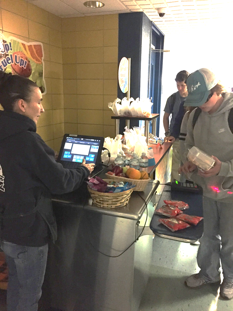 Students going through the second chance breakfast line