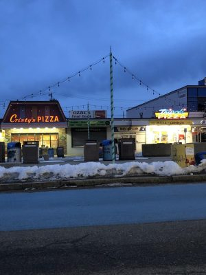 Cristy's and Tripoli's have been beach pizza rivals at Salisbury Beach for a generation.