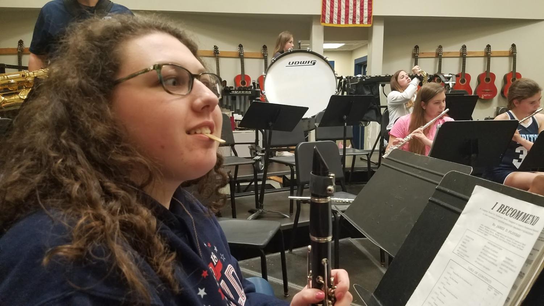 Junior and clarinetist Mackenzie Hamilton preparing for class.