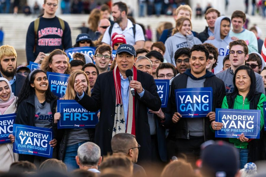 Andrew+Yang+speaks+during+a+rally+held+on+the+steps+of+the+Lincoln+Memorial+in+Washington+D.C.